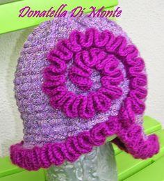 LE CREAZIONI DI DONY: scaldacollo guantini e cappello ..mix lilla e bord...