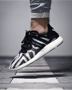 Great shot of the adidas Y3 Yohji Boost by @sbezzy00020022 ///  >> Tag #sneakersmag for a shoutout! <<  #adidas #y3 #yohjiyamamoto #yohjiboost #boost #boostvibes #boostheaven #boostlife #y3boost #sadp #kotd #walklikeus #igsneakercommunity