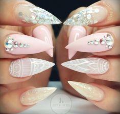 Simple meets complex meets elegant #nails @ElleRizzles