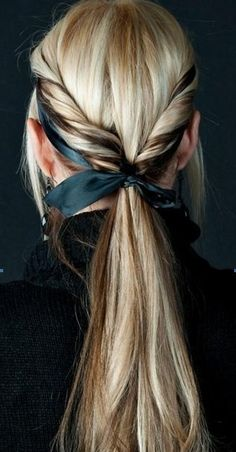 Ponytail twist + Bow, Long Hairstyles