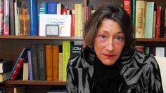 Dichteres Anneke Brassinga is de winnares van de P.C. Hooft-prijs - HLN.be