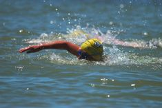 Here are some great open water swimming tips to practice this weekend during practice: http://triathlon.competitor.com/2015/12/training/9-secrets-to-proper-open-water-sighting_46124#utm_sguid=155688,0065ed8c-5a43-5c24-884d-b86fbf31bfcb Which one do you think is best? #FCR #swimming #triathlon