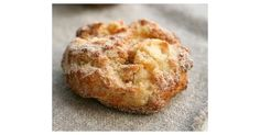 Rezept: Blitz-Apfel-Ballen mit Zucker und Zimt (ca un fel de papanasi cu mere) Apple Recipes, Sweet Recipes, Baking Recipes, Fudge Caramel, No Bake Desserts, Dessert Recipes, Cake Recipes, Law Carb, German Baking