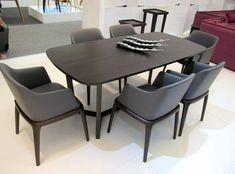 Mẫu bàn ăn gỗ sồi đẹp mắt và tiện dụng cho mọi hoạt động gia đình. Dining Chairs, Dining Table, Conference Room, Kitchen, Furniture, Home Decor, Dining Rooms, Essen, Cooking