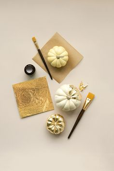 How to paint a gold leaf pumpkin... would be great with stripes!