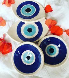 evil eye seramic plates #evileye #plate #home #decoration Ceramic Painting, Stone Painting, Ceramic Art, Diy Clay, Clay Crafts, Handmade Crafts, Diy And Crafts, Evil Eye Art, Greek Decor