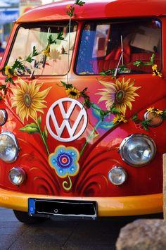 .red and flowered vw bus ☮See More #VWBus on https://www.pinterest.com/wfpblogs/vw-bus/ ☮