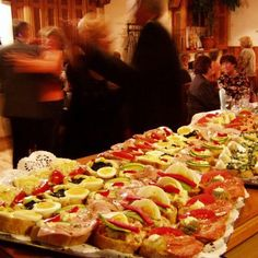 Oblozene Chlebicky (Czech Open Face Sandwiches) No social gathering was possible without them. Appetizer Recipes, Snack Recipes, Snacks, Czech Recipes, Ethnic Recipes, Sandwich Platter, Great Recipes, Favorite Recipes, Summer Rolls