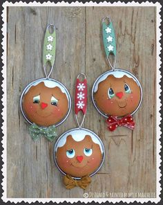 Country Kitchen E-Pattern – Cupboard Distributing Gingerbread Christmas Decor, Gingerbread Ornaments, Gingerbread Decorations, Outdoor Christmas Decorations, Diy Christmas Ornaments, Christmas Balls, Christmas Holidays, Gingerbread Men, Spoon Ornaments
