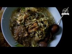 Yogyakarta Street Food, Chicken Soup, Soto Ayam Pak Pono Indonesia - YouTube