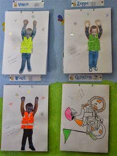 de avonturen van K2: thema: wij zien je graag; zichtbaarheid in het verkeer School Themes, Science And Nature, Preschool Crafts, Transportation, Homeschool, Baseball Cards, Kids, Camouflage, Stage