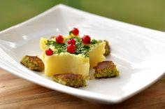 VegeGuláš: Hráškové fašírky Mashed Potatoes, Pudding, Ethnic Recipes, Desserts, Food, Meal, Custard Pudding, Deserts, Essen