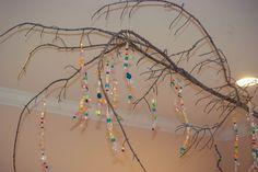 hanging branch art, preschool, process art, play based preschool, reggio, reggio inspired
