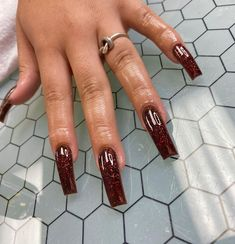 "@jahariamaru on Instagram: ""Brown Sugar 🍨 #nailsofinstagram #blacknailtech #atlnailtech #nails #atl #ga #atlanta"" Aycrlic Nails, Bling Nails, Swag Nails, Hair And Nails, Stiletto Nails, Perfect Nails, Gorgeous Nails, Pretty Nails, Exotic Nails"