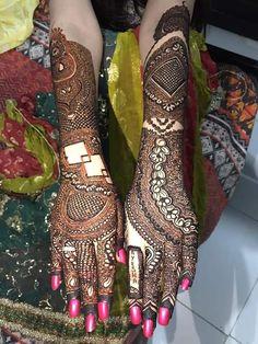 Kashee's Mehndi Designs, Mehndi Designs For Beginners, Kashees Mehndi, Paper Crafts, Diy Crafts, Islamic Art Calligraphy, Pakistani, Brides, Blouse