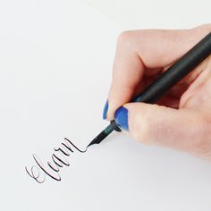 I still love calligraphy {I really do!} Calligraphy Tutorial Online at your own pace http://www.diybride.com/blog/2012/10/04/i-still-love-calligraphy-i-really-do/