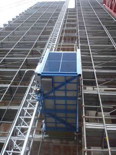 CONSTRUCTION LIFT Construction Lift, Skyscraper, Multi Story Building, Italy, Skyscrapers, Italia