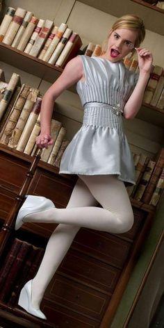 Emma Watson Give me More pussy Emma Watson Legs, Emma Watson Style, Emma Watson Sexiest, Emma Watson Beautiful, Emma Watson Outfits, White Tights, Tights Outfit, Girly Outfits, Outfits