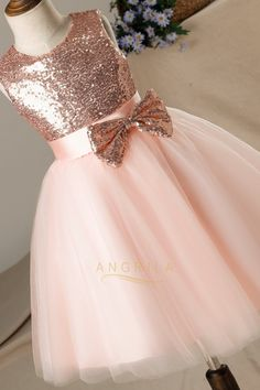 A-line/Princess Sequined Sleeveless Flower Girl Dresses with Bows – Angrila - Wedding - Baby Girl Party Dresses, Dresses Kids Girl, Cute Dresses, Girl Outfits, Dresses Art, Cute Flower Girl Dresses, Flower Girl Tutu, Baby Flower, Wedding Dresses For Girls