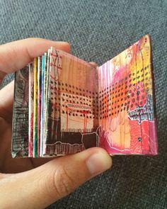 mini journal - by bun blog - artist: Roxanne Coble