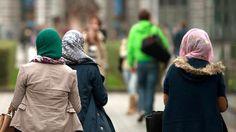 EuGH-Urteile: Kopftuchverbot im Job kann rechtens sein | tagesschau.de