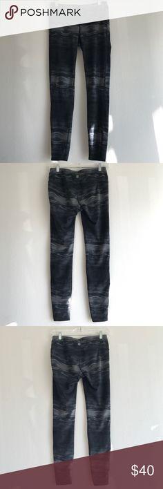 Athleta Leggins Size Small Gently used.  Light gray, dark gray, and black pattern.  Body: 88% Polyester 12% Lycra.  Gusset: 100% Polyester coolmax. Exercise/athletic leggings. Athleta Pants Leggings
