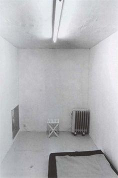 Gregor Schneider 'Totes Haus Ur'