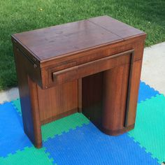 EMPTY SINGER SEWING MACHINE No 42 CABINET DESK TABLE 15 90 91 125 66