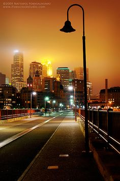 Night Light - Minneapolis, Minnesota, US Chris Minyard Wayzata, MN Minneapolis St Paul, Minneapolis Minnesota, Minneapolis Downtown, Minneapolis Skyline, Minnesota Home, Arch Bridge, Twin Cities, City Lights, Night Lights