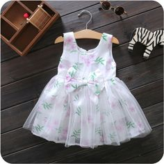 $5.24 100pcs/lot+2016 Baby Girls Kids Bow flowery Dress fashion children party Dresses A Line kids sleeveless Clothes age12M-4T  http://www.dhgate.com/store/product/20pcs-lot-2016-baby-girls-kids-bow-flowery/380409340.html