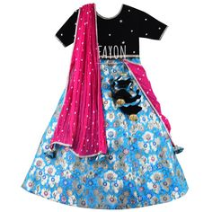 Dress her with a classy style statement for festivals and wedding ceremonies with this ethnic set that will make your princess look adorable. Party Gowns, Party Dress, Buy Gowns Online, Designer Kids Clothes, Wedding Ceremonies, Classy Style, Beautiful Gowns, Kids Wear, Boy Outfits