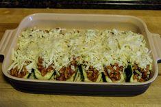 Chicken Parmesan Stuffed Zucchini Boats Recipe - The Kitchen Wife Chicken Zucchini Boats, Zucchini Boat Recipes, Stuffed Zucchini, Veggie Recipes, Chicken Recipes, Cooking Recipes, Healthy Recipes, Keto Chicken, Recipes Dinner