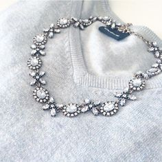 Jasmine Blossom Statement Necklace #flowernecklace #clear #elegant #outfit #statementnecklace - 22,90  @happinessboutique.com