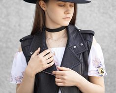 A Little Detail - Fall Fashion //  Off the Shoulder Romper #womensfashion #fallfashion #floralromper #leathervest #blackfedora #autumnfashion #summerfashion #fashion #outfit