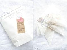 Eiskristall-Kekse mit Eis-Bonbon-Splittern & süßem Schnee