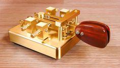 De 18 beste bildene for Single Lever Morse Paddles i 2014