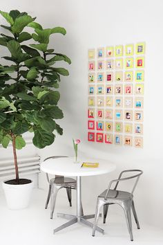 WORKSPACE | Tiny Picture Gallery Wall