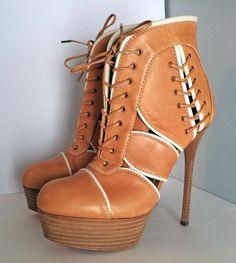 $1275 ALEXANDER McQUEEN Shoes Lace-Up Leather Ankle Boots Sz. EU38.5/US 8.5 EUC #AlexanderMcQueen #PlatformAnkleBoot