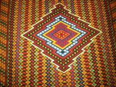 isabelgporrua : Diamante colorido: tapetes de Teotitlan del Valle en la expo de Gdes Mtros del Arte Popular de Oax en @SanPablo_FAHHO http:/...