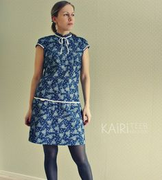 Romantic denim dress / Tumesinine roosimustriga kleit