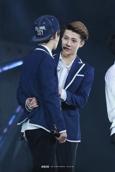 Sehun and D.O ❤
