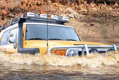 Safari Snorkel System for the FJ Cruisers suckin' air 4x4 Trucks, Cool Trucks, Cool Cars, Muddy Trucks, Toyota 4x4, Toyota Trucks, 4x4 Accessories, Bug Out Vehicle, Toyota Fj Cruiser