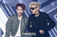 250317 GOT7 - Never Ever @ Show Music Core #WelcomeBackJackson   Jaebam moment. Jaebum and Bambam