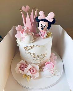 Bolo Minnie, Minnie Cake, Mickey Mouse Cake, Mini Mouse Birthday Cake, Cute Birthday Cakes, Birthday Cakes Girls Kids, Mickey Birthday, Torta Baby Shower, Minnie Mouse Baby Shower