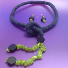 Needle Felted Necklace with matching earrings by TheMagicOfBeads, ¥2500