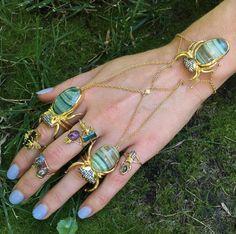 Don't BUG #DanielaVillegas #Roseark #Love #Jewelry