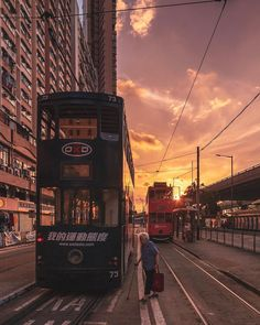 #urbanandstreet: Vibrant Cityscapes of Hong Kong by Mike Chan #photography #urban #citykillerz #cityscape #HongKong #urbanandstreet