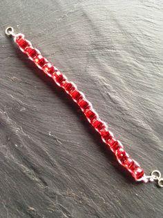 Bracelet les petits plaisirs de noël rouge : Bracelet par lesbijouxdelareine