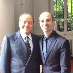 """Luca Grasso, Owner of """"Teleprompter Italia"""" ed """"Evoluzione Creativa"""", con il Presidente Silvio Berlusconi.  #affidatiaiProfessionisti  #TeleprompterItalia  #EvoluzioneCreativa #SilvioBerlusconi"""