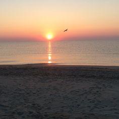 suggestiva alba al mare